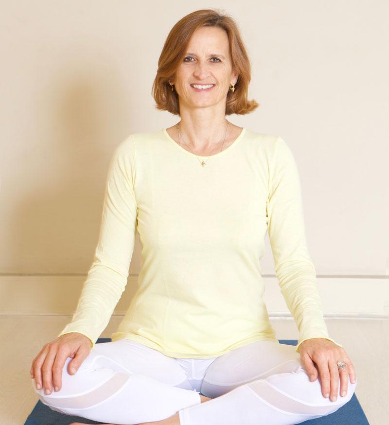 Francesca Folonari Sivananda Yoga
